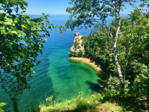 miners_castle_overlook_blue_water_lake_superior_pictured_rocks_national_lakeshore_michigan_ty_nat_hike_cliffs_travel_tyrell_natalie_peterson_traveling_upper_peninsula