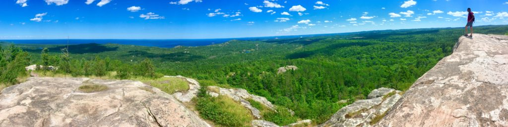 marquette_hogback_mountain_360_lake_superior_forest_tyandnat